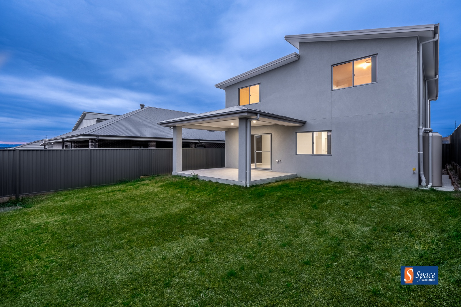137 Holden Drive,Oran Park,NSW,4 Bedrooms Bedrooms,3 BathroomsBathrooms,House,Holden Drive,1114