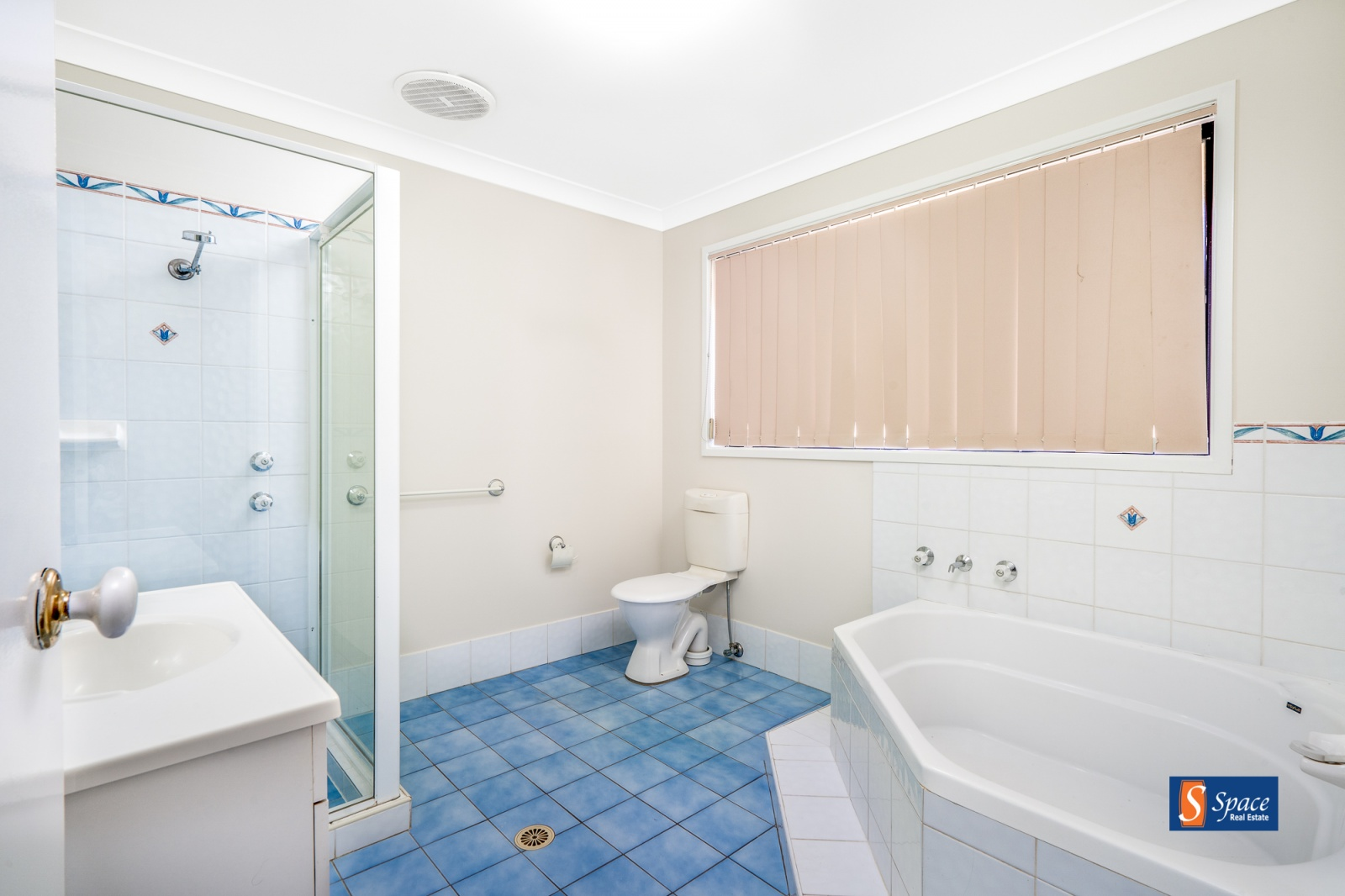 20 Stockman Road,Currans Hill,NSW,3 Bedrooms Bedrooms,2 BathroomsBathrooms,House,Stockman Road,1131