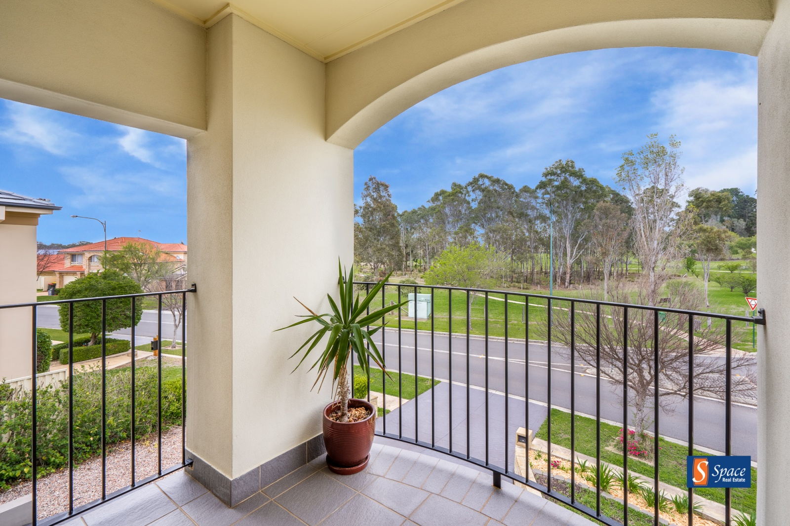 21 Bradley Drive,Harrington Park,NSW,5 Bedrooms Bedrooms,3 BathroomsBathrooms,House,Bradley Drive,1154