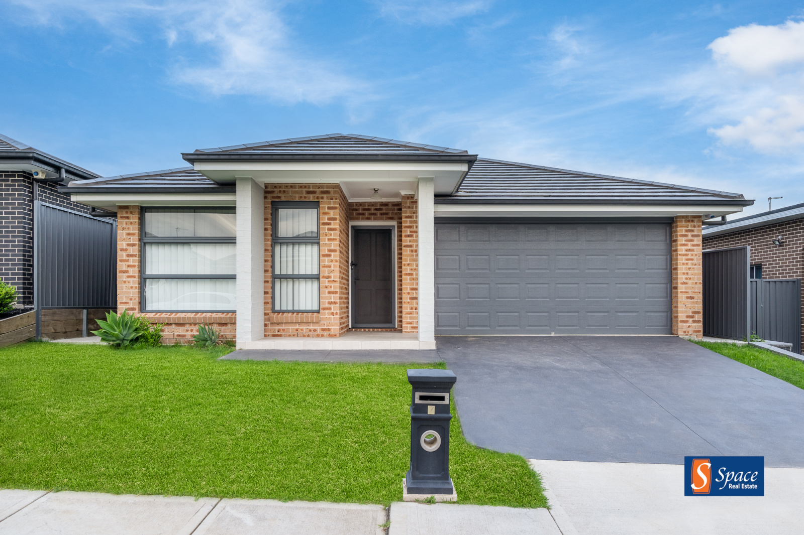 7 Rich Way,Spring Farm,NSW,4 Bedrooms Bedrooms,2 BathroomsBathrooms,House,Rich Way,1172
