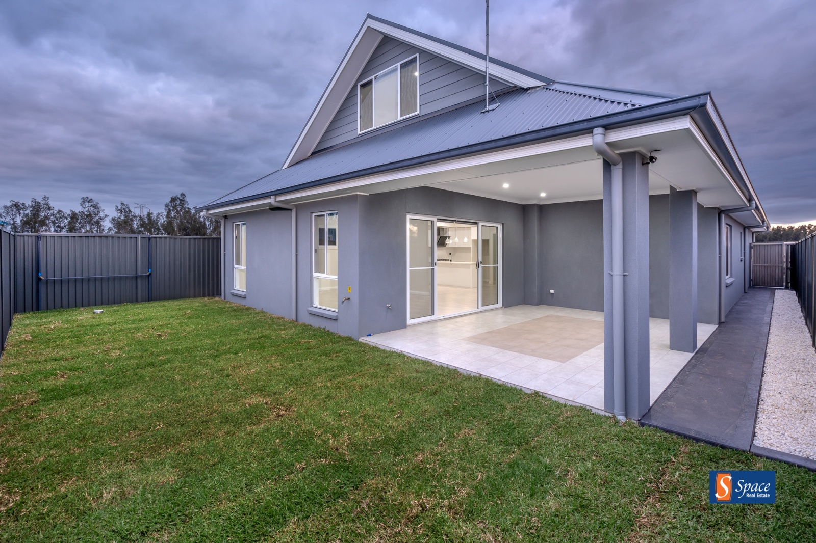 15 Rowland Avenue,Oran Park,NSW,4 Bedrooms Bedrooms,2 BathroomsBathrooms,House,Rowland Avenue,1204