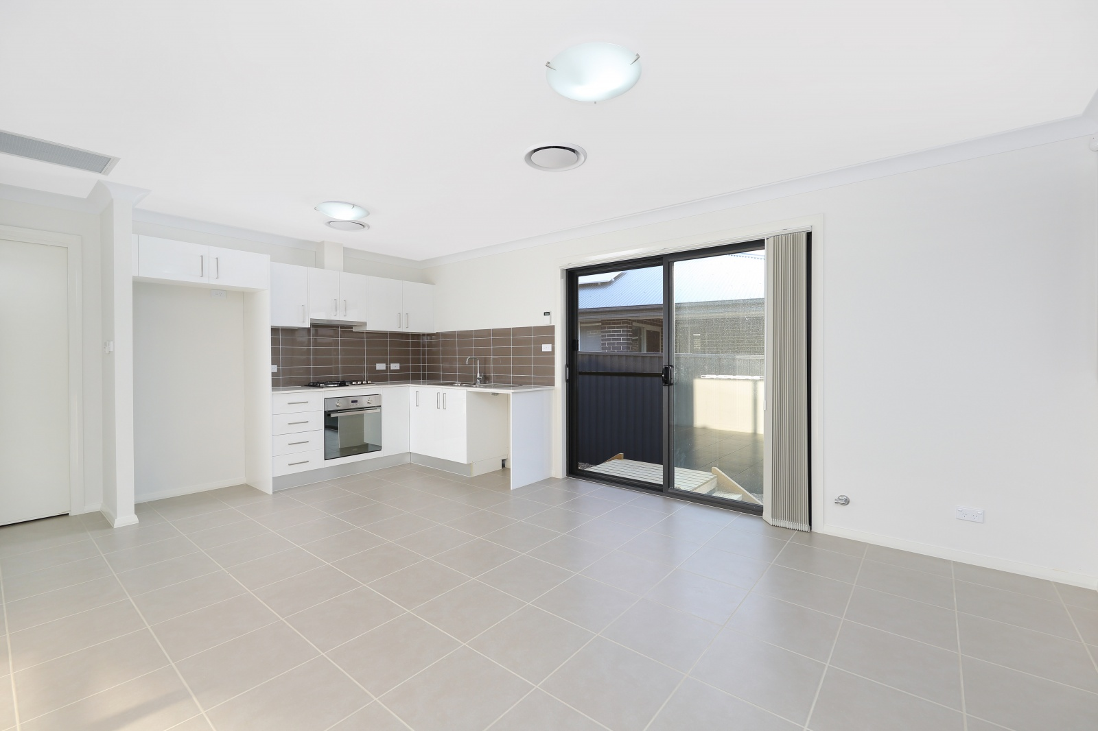 4a Eade Street,Oran Park,NSW,2 Bedrooms Bedrooms,1 BathroomBathrooms,House,Eade Street,1206