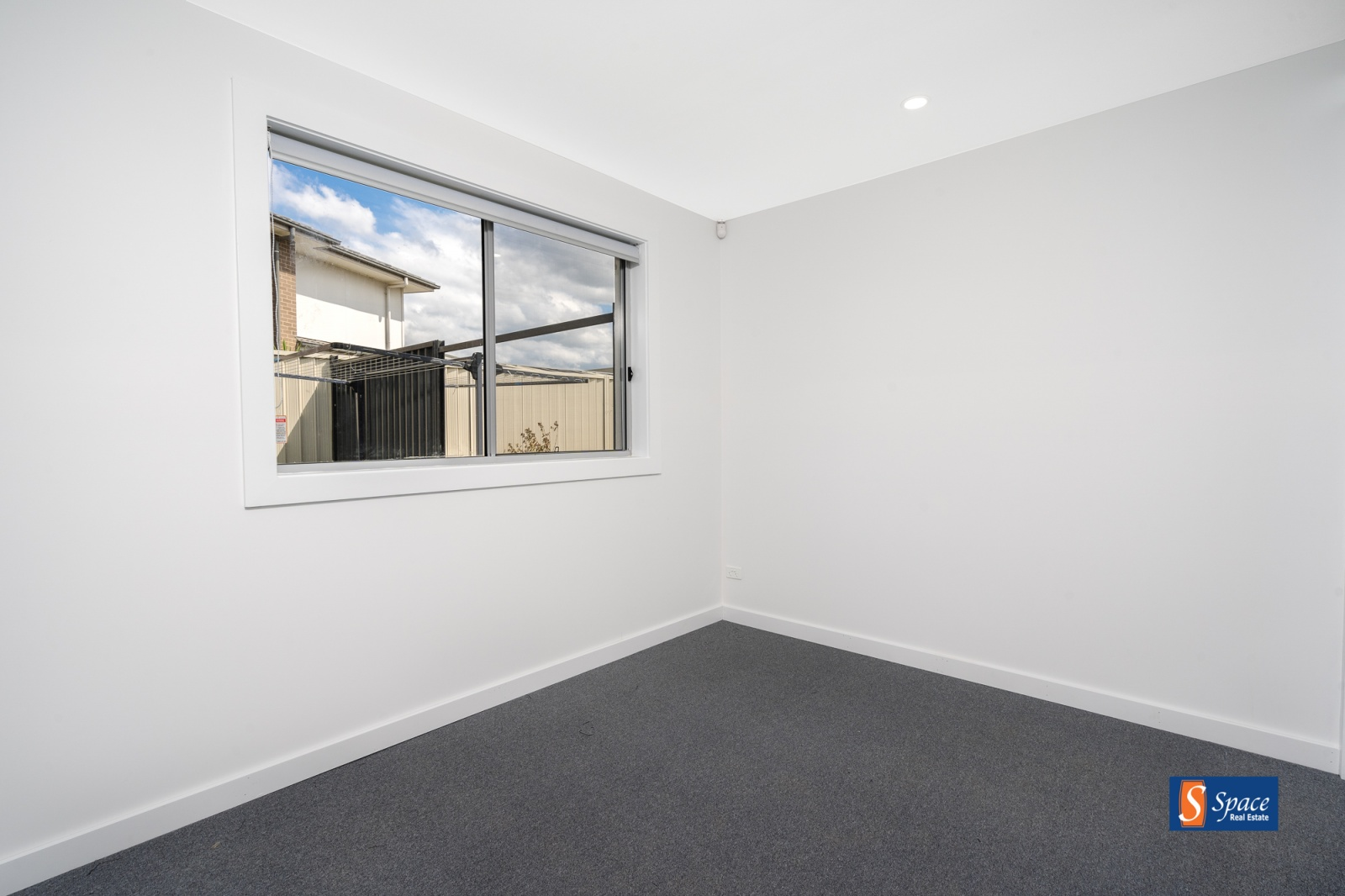 12C Leffler Street,Oran Park,NSW,1 Bedroom Bedrooms,1 BathroomBathrooms,House,Leffler Street,1208