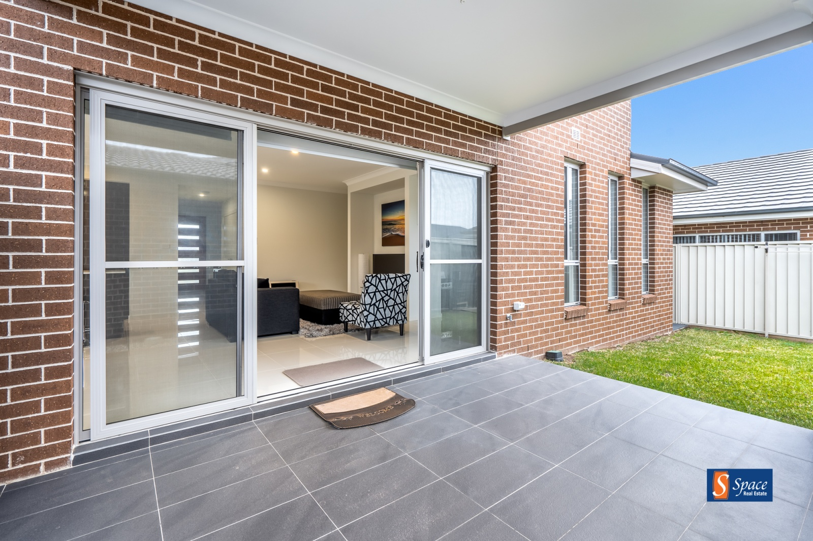 20 Willmington Loop,Oran Park,NSW,4 Bedrooms Bedrooms,2.5 BathroomsBathrooms,House,Willmington Loop,1210