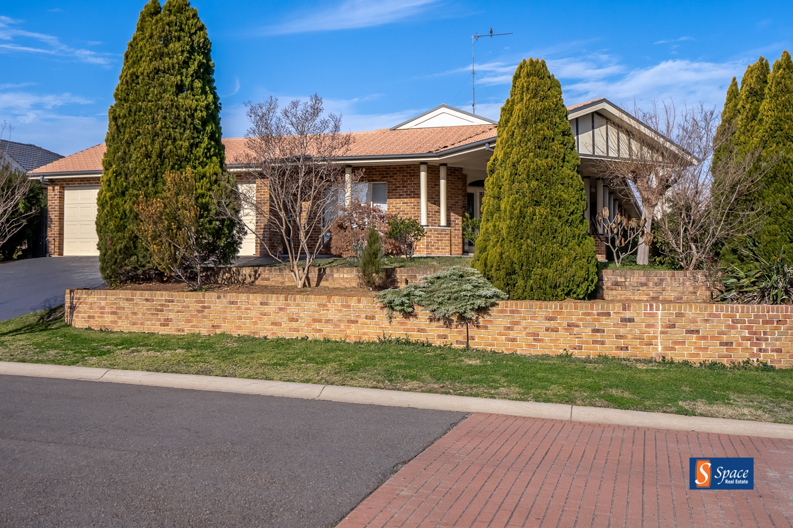 52 Manna Gum Road,Narellan Vale,NSW,4 Bedrooms Bedrooms,2 BathroomsBathrooms,House,Manna Gum Road,1013