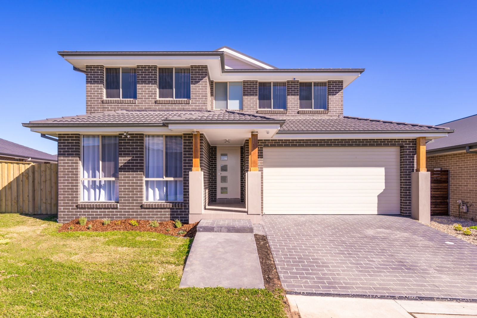 24 Richards Loop, Oran Park, NSW, 4 Bedrooms Bedrooms, ,2 BathroomsBathrooms,House,Leased,Richards Loop,1285