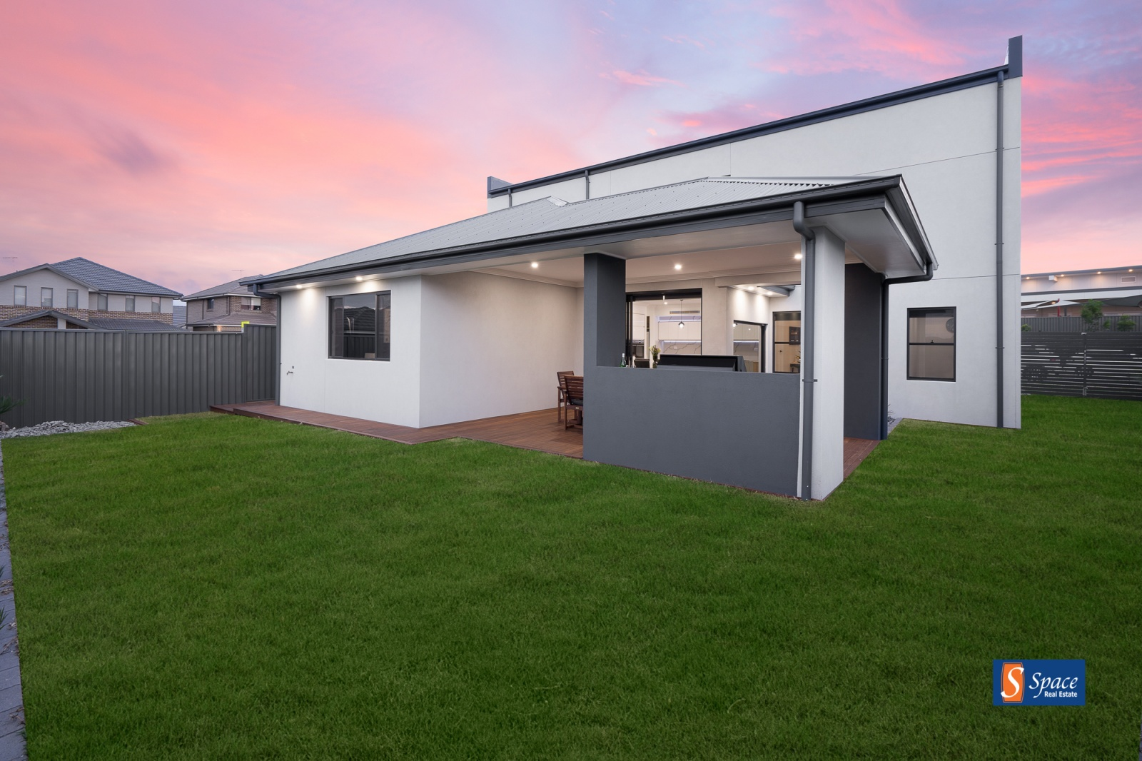 44 Hollows Drive,Oran Park,NSW,4 Bedrooms Bedrooms,3 BathroomsBathrooms,House,Hollows Drive,1316