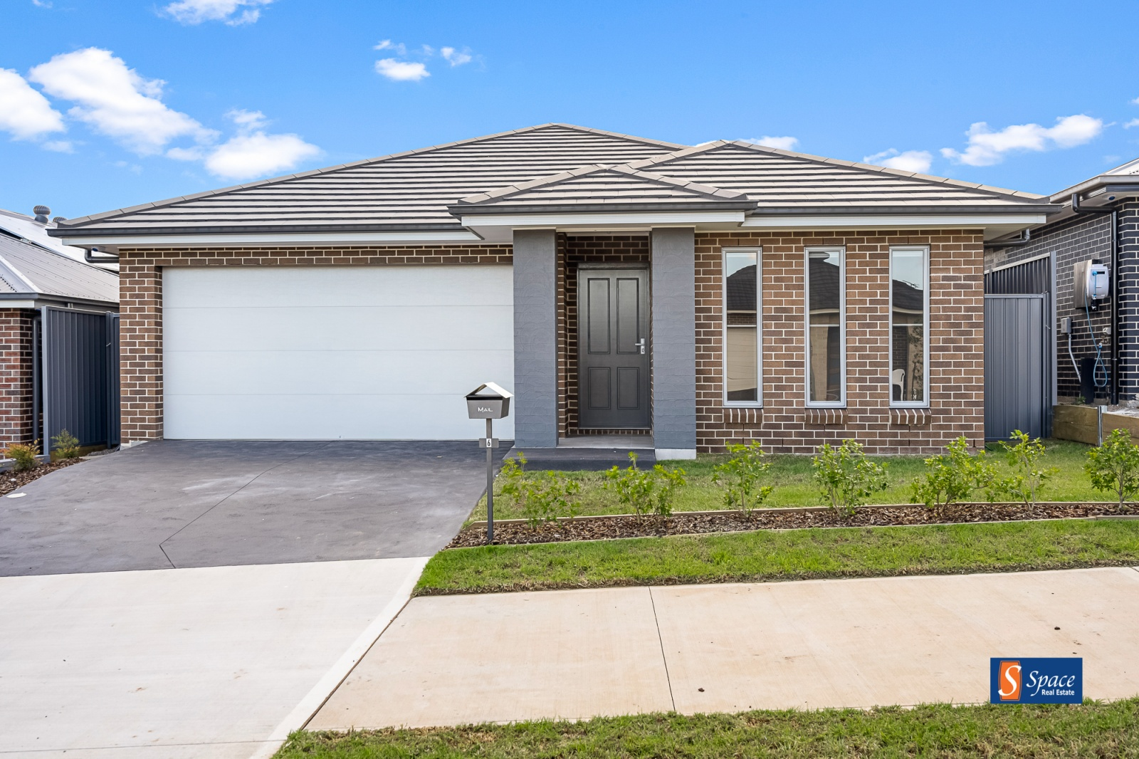 6 Starke Street,Spring Farm,NSW,4 Bedrooms Bedrooms,2 BathroomsBathrooms,House,Starke Street,1317