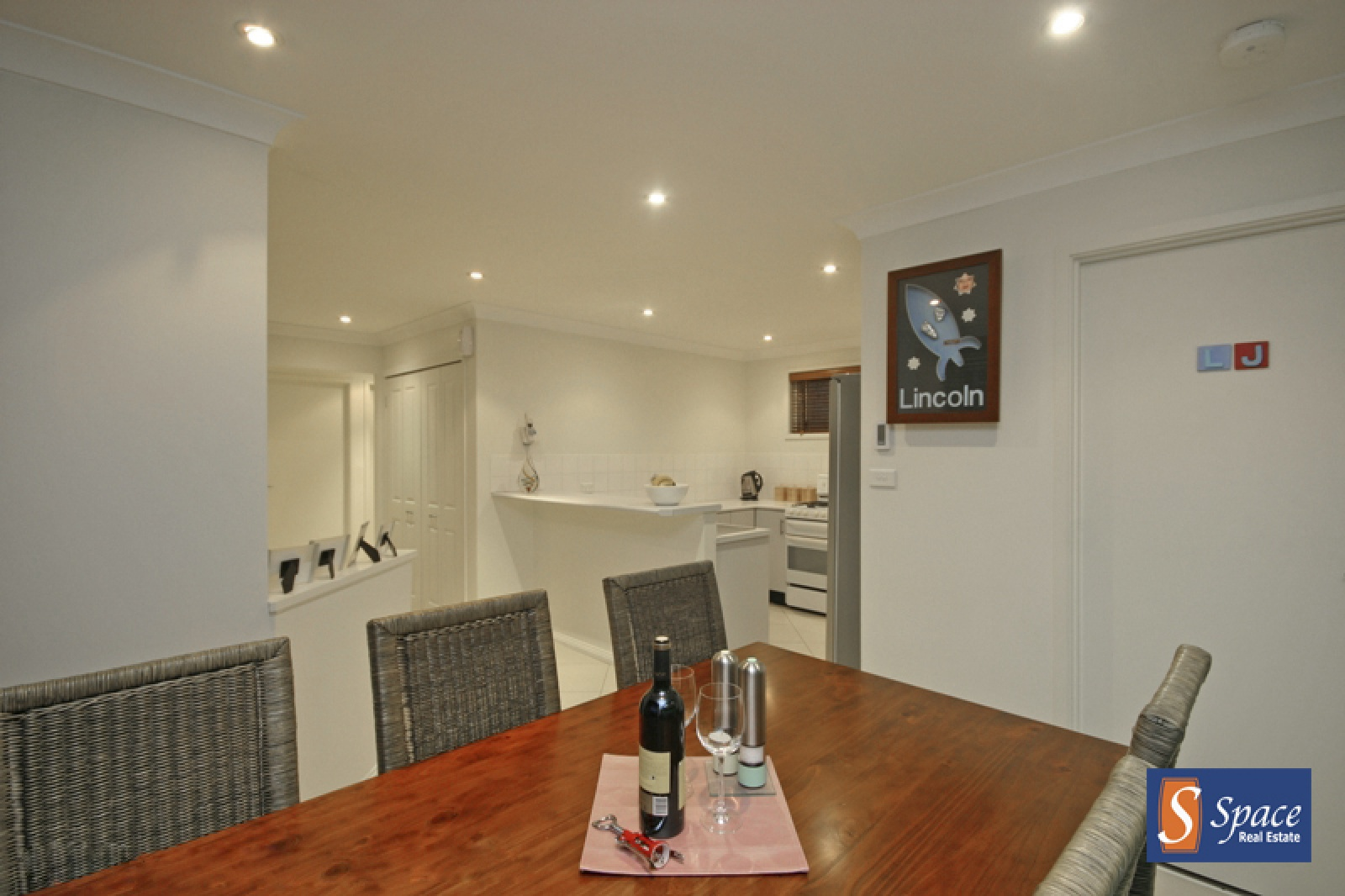 5 Alyan Place,St. Helens Park,NSW,3 Bedrooms Bedrooms,1 BathroomBathrooms,House,Alyan Place,1339