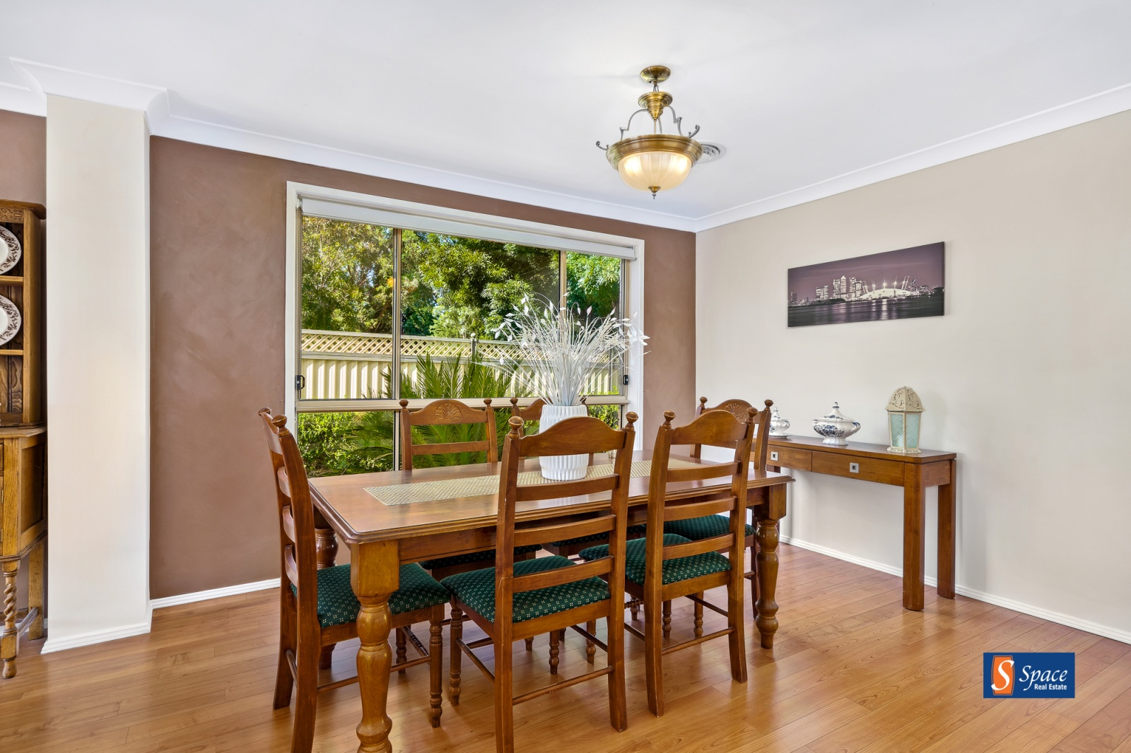 10 Quarters Place,Mount Annan,NSW,4 Bedrooms Bedrooms,2 BathroomsBathrooms,House,Quarters Place,1366