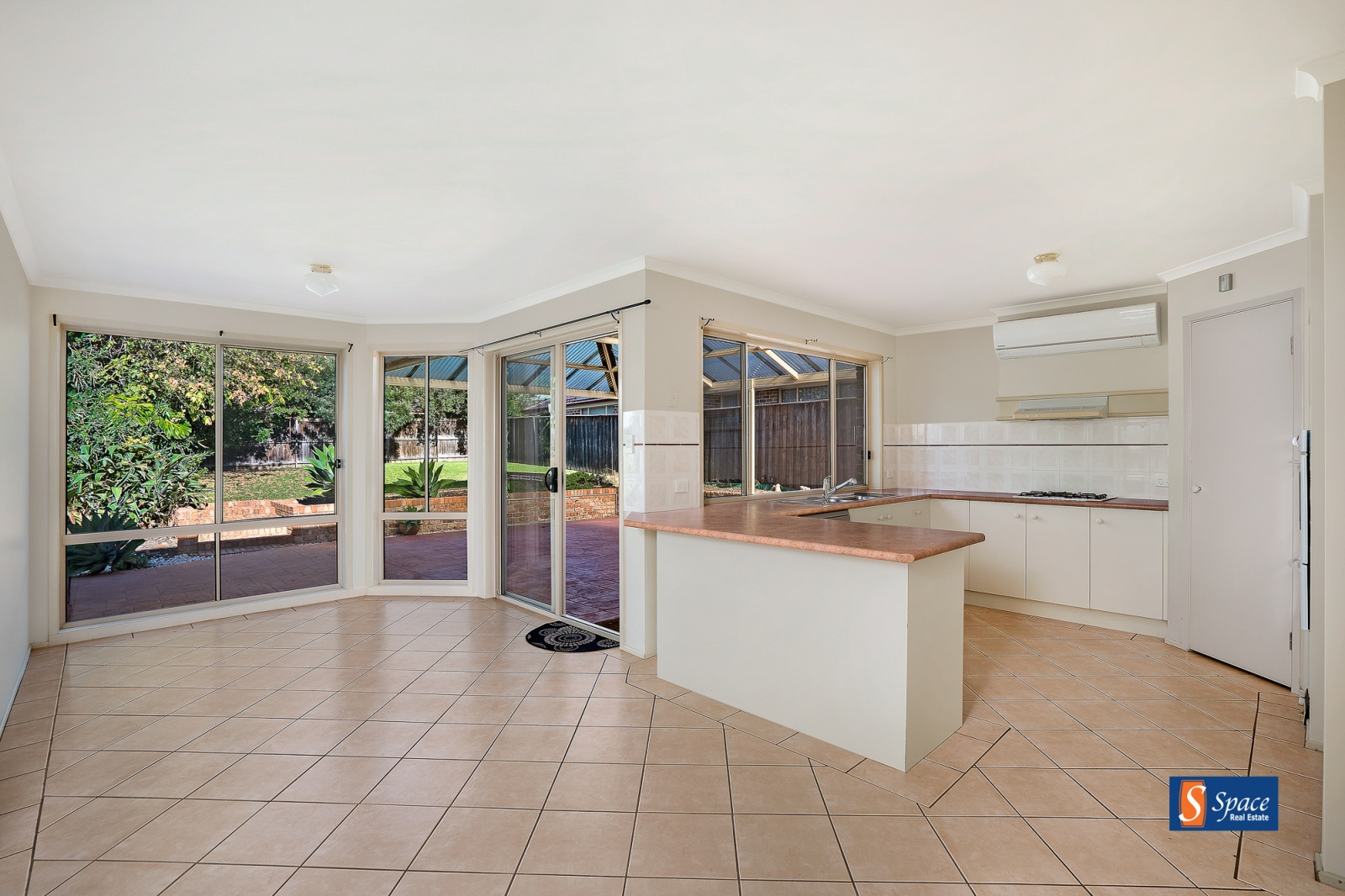3 The Springs,Mount Annan,NSW,4 Bedrooms Bedrooms,3 BathroomsBathrooms,House,The Springs,1377