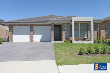 15 Ambrose Street,Oran Park,NSW,4 Bedrooms Bedrooms,3 BathroomsBathrooms,House,Ambrose Street,1389