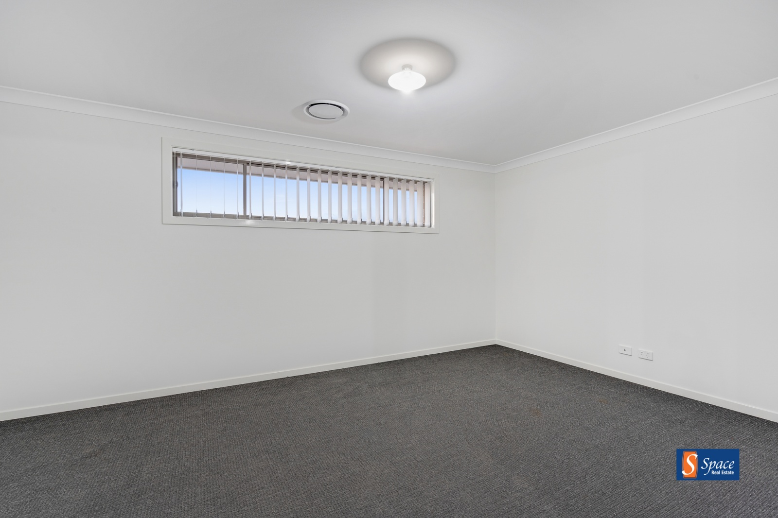 49a Neville Street,Oran Park,NSW,4 Bedrooms Bedrooms,2 BathroomsBathrooms,House,Neville Street,1399