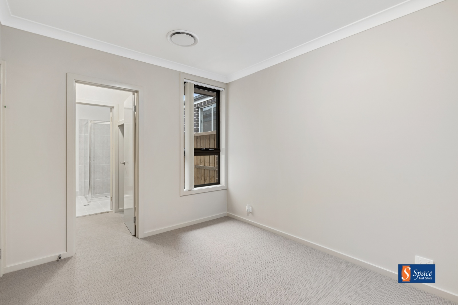 19 Booth Street, Gregory Hills, NSW, 3 Bedrooms Bedrooms, ,2 BathroomsBathrooms,House,Leased,Booth Street,1402