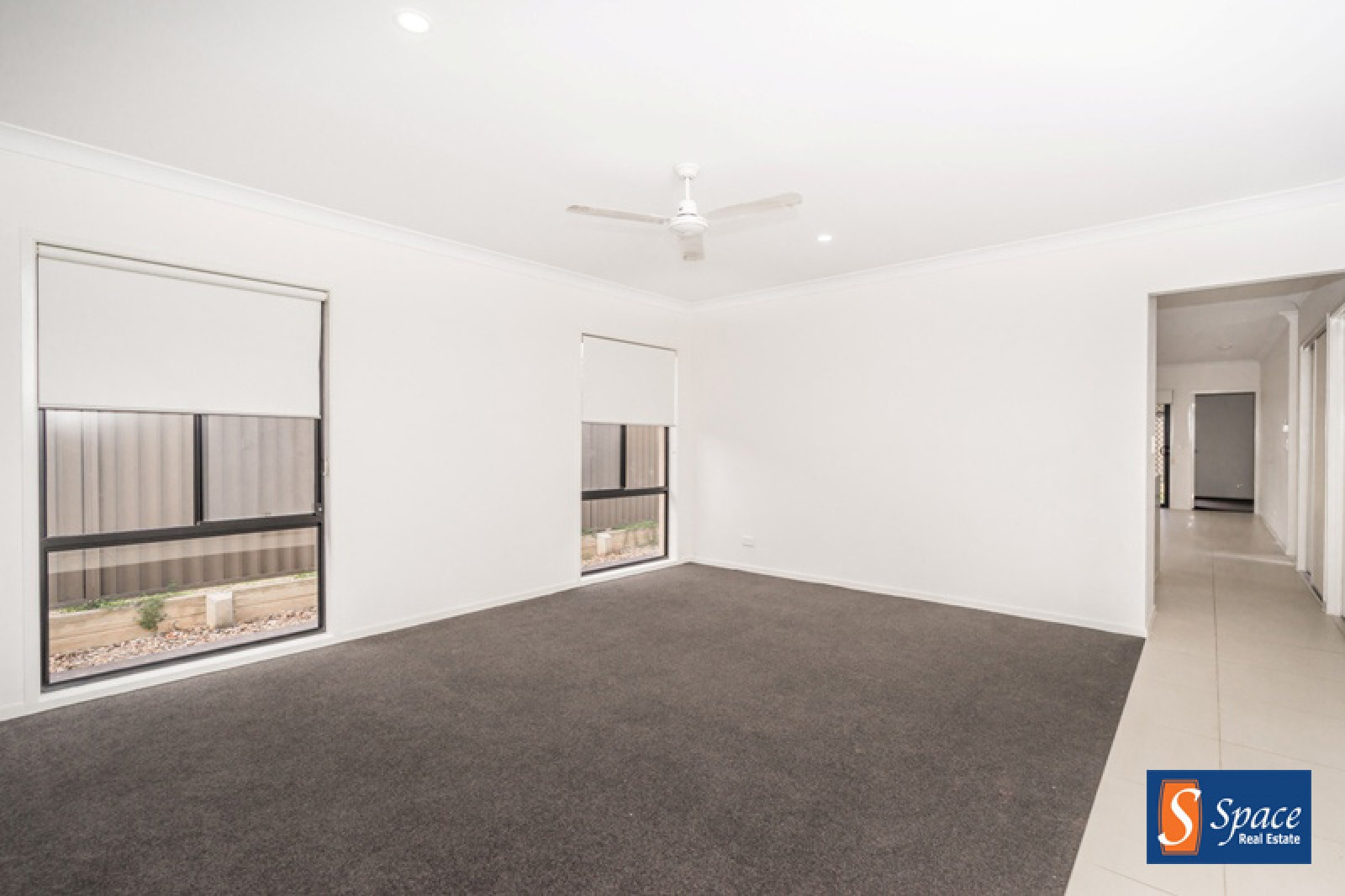 24 Monash Avenue,Gledswood Hills,NSW,4 Bedrooms Bedrooms,2 BathroomsBathrooms,House,Monash Avenue,1404
