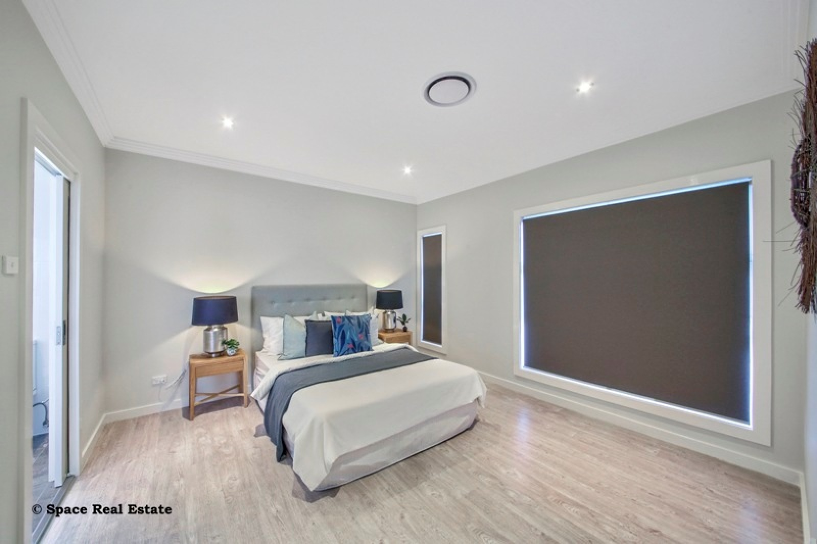 40 Law Crescent,Oran Park,NSW,4 Bedrooms Bedrooms,3 BathroomsBathrooms,House,Law Crescent,1414