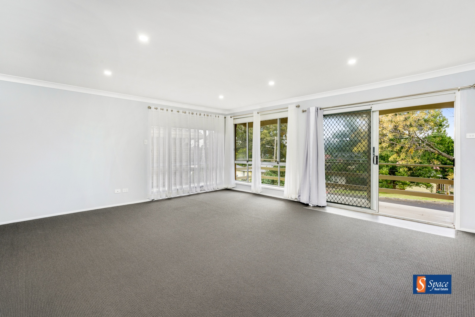 15 Hawkey Crescent,Camden Park,NSW,4 Bedrooms Bedrooms,2 BathroomsBathrooms,House,Hawkey Crescent,1431