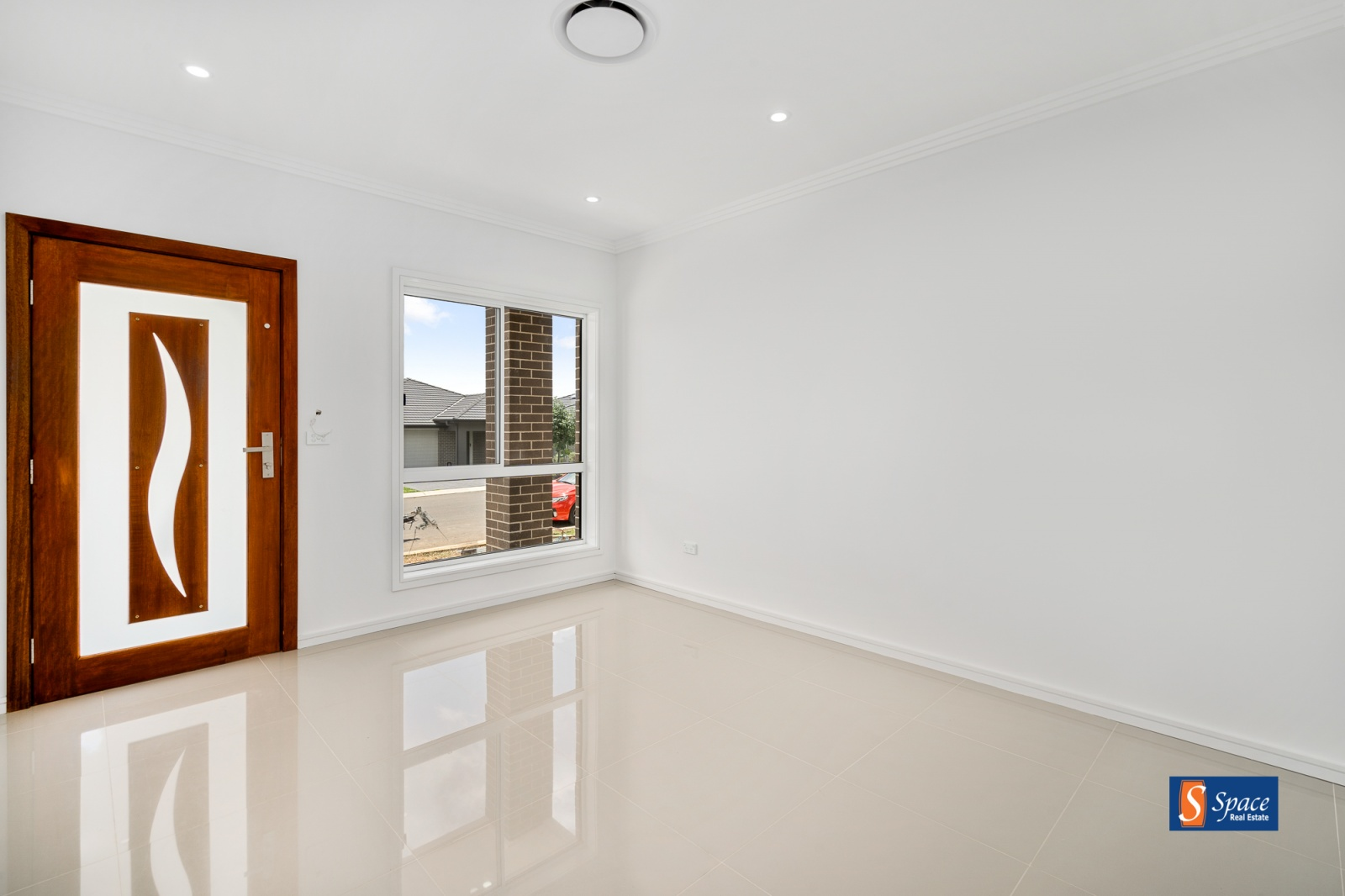 69b Thorpe Circuit,Oran Park,NSW,4 Bedrooms Bedrooms,2 BathroomsBathrooms,Duplex,Thorpe Circuit,1440