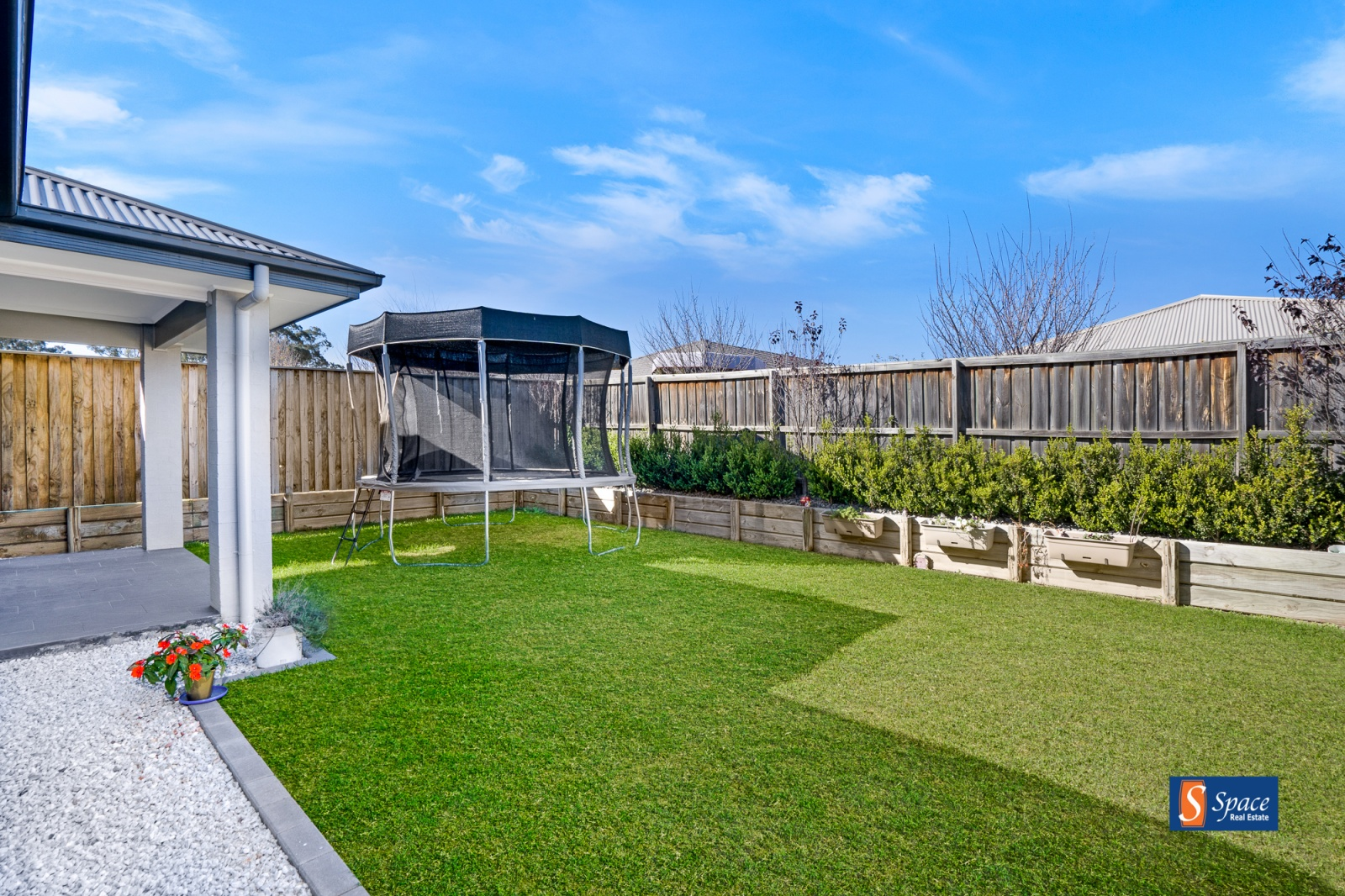 17 Cloverhill Crescent,Gledswood Hills,NSW,4 Bedrooms Bedrooms,2 BathroomsBathrooms,House,Cloverhill Crescent,1441