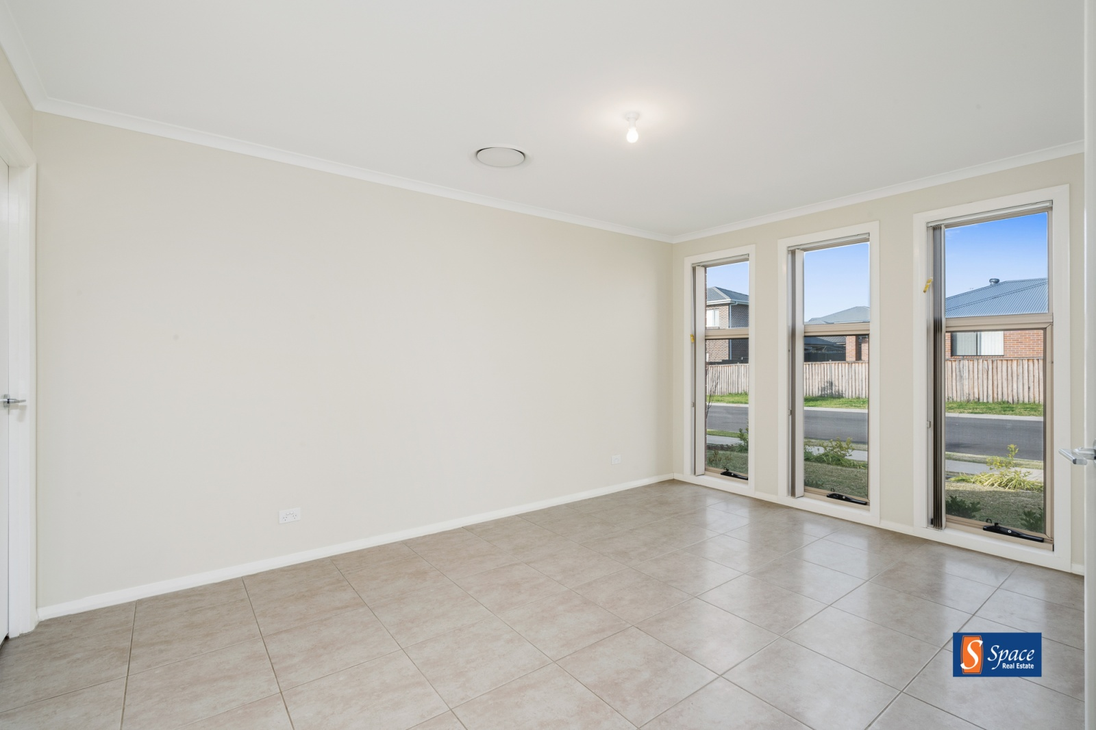 23 Jones Street,Oran Park,NSW,4 Bedrooms Bedrooms,2 BathroomsBathrooms,House,Jones Street,1448