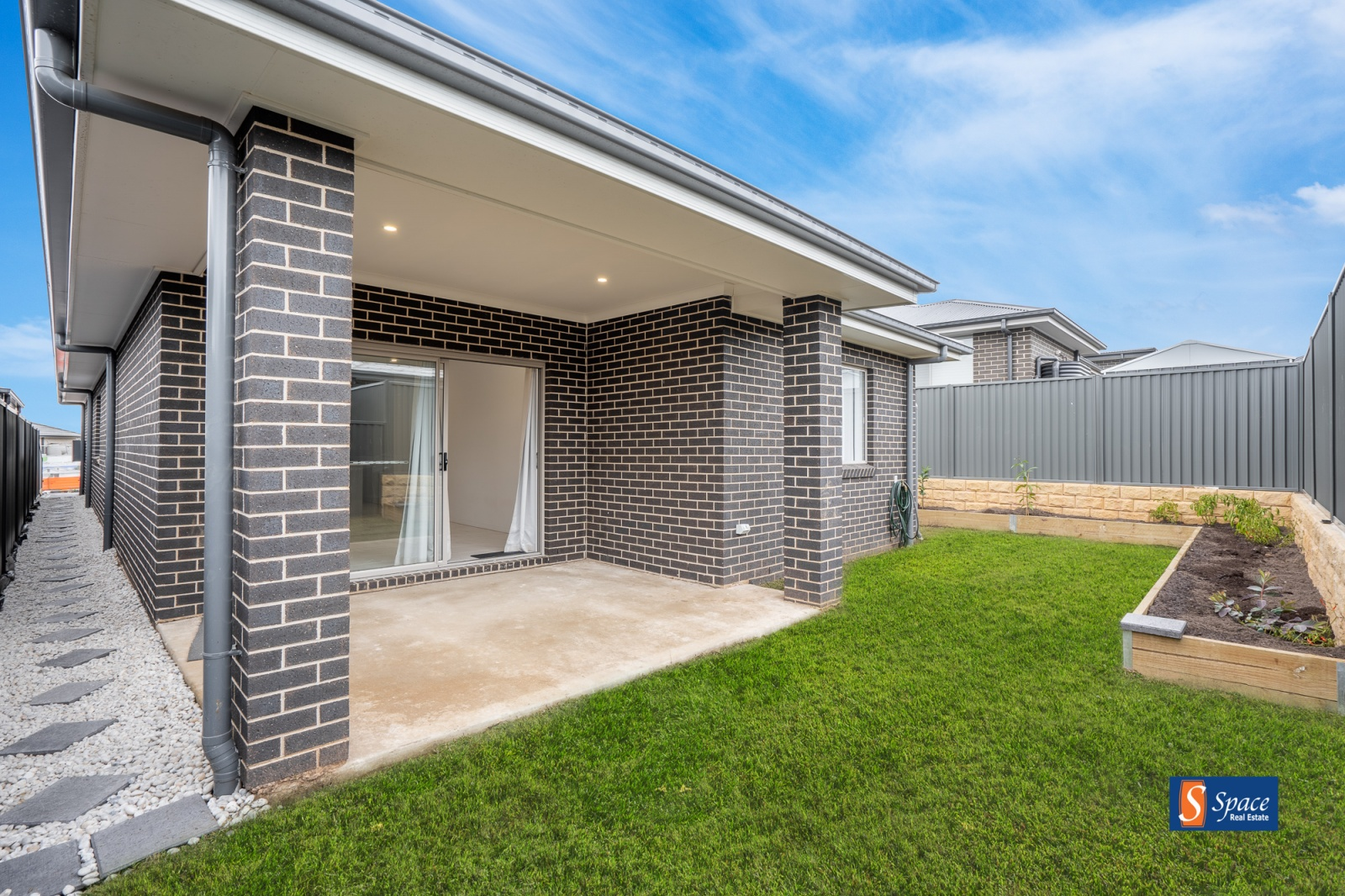 12 Munro Street,Leppington,NSW,4 Bedrooms Bedrooms,2 BathroomsBathrooms,House,Munro Street,1451