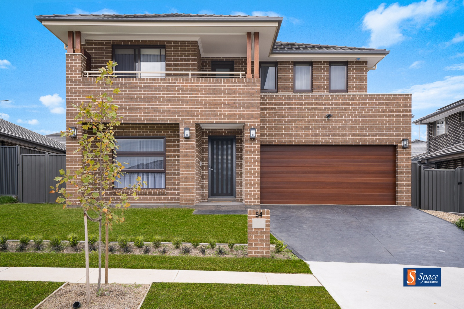 54 Carnelian Street,Leppington,NSW,5 Bedrooms Bedrooms,3 BathroomsBathrooms,House,Carnelian Street,1458