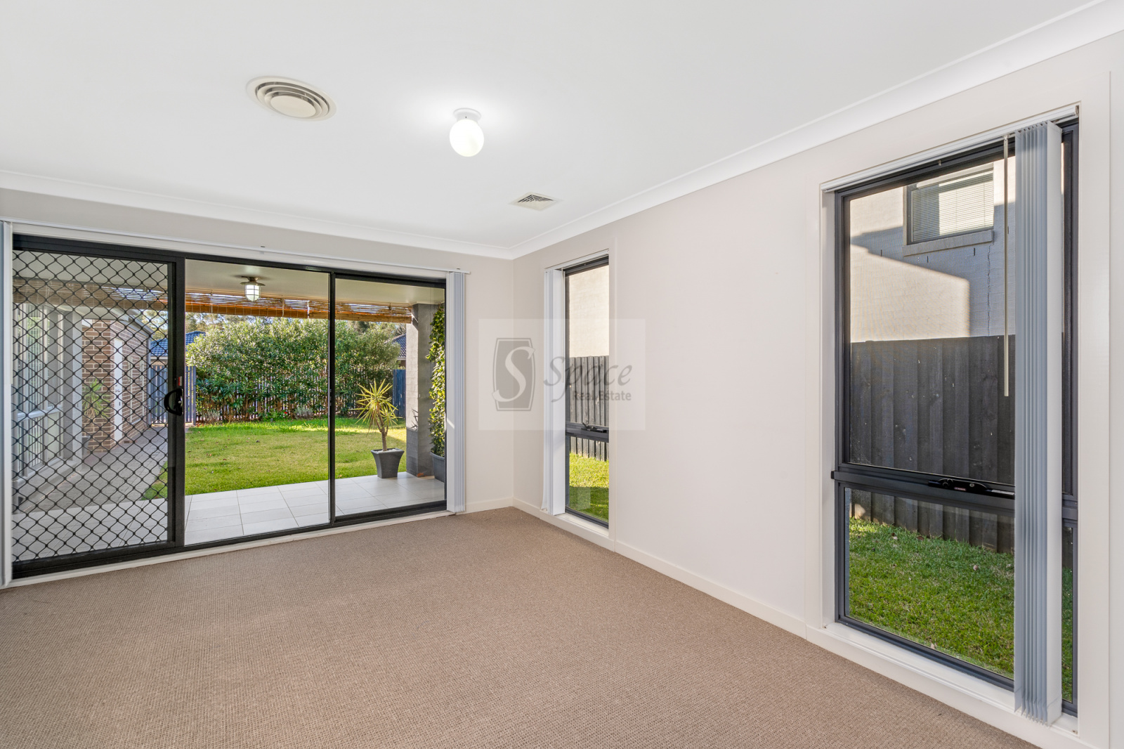 5 Glenbrae Drive,Harrington Park,NSW,5 Bedrooms Bedrooms,3 BathroomsBathrooms,House,Glenbrae Drive,1464