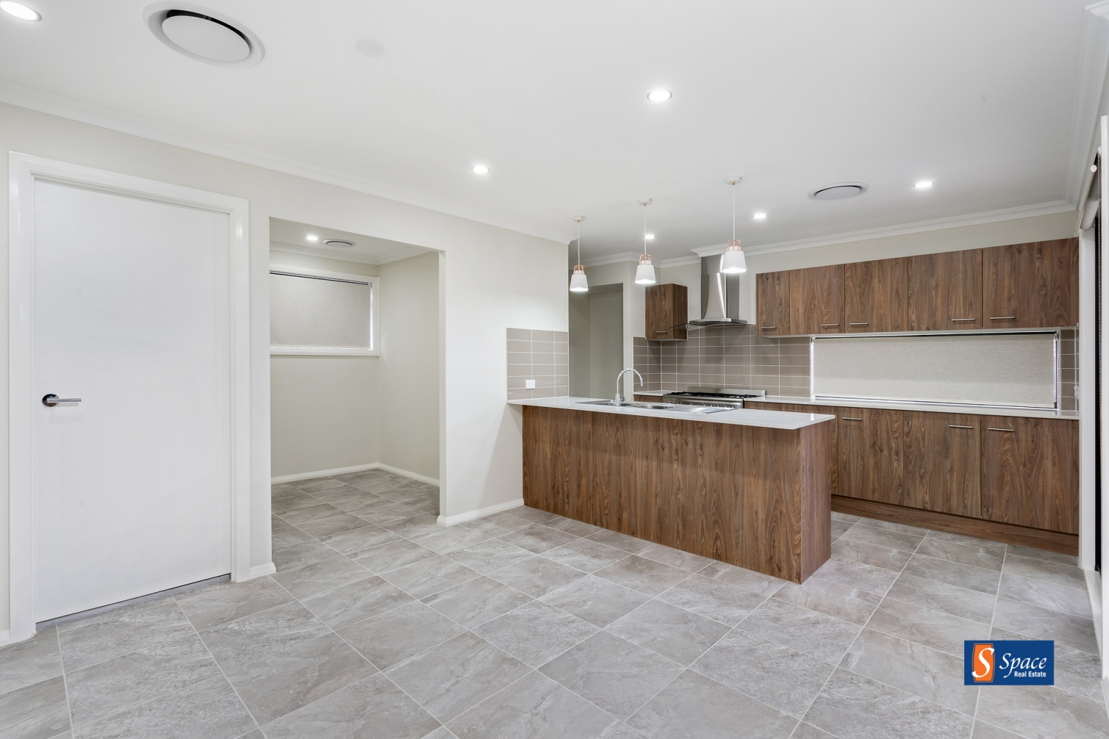 35 Loveday Street,Oran Park,NSW,4 Bedrooms Bedrooms,2 BathroomsBathrooms,House,Loveday Street,1468