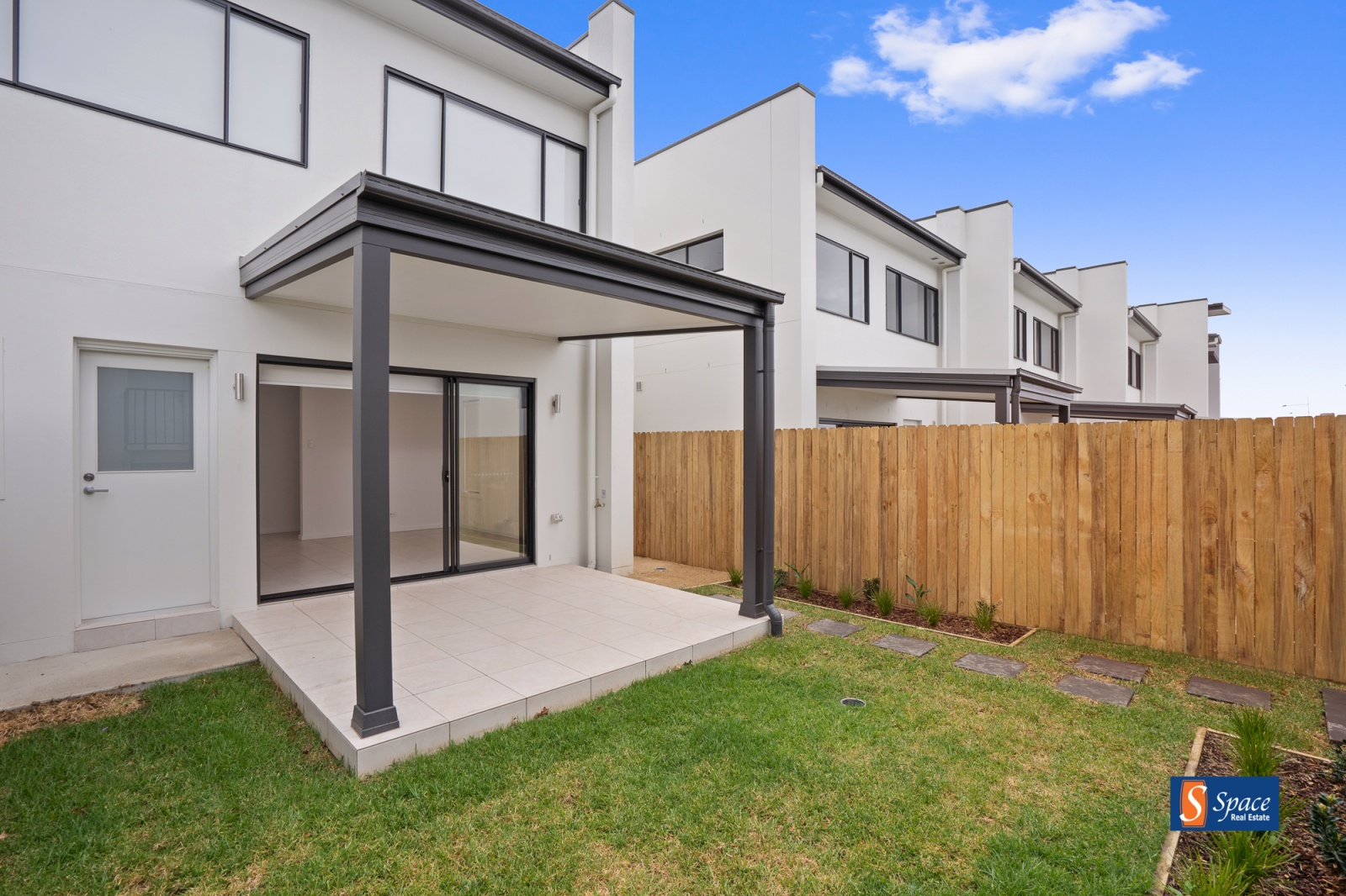 181 South Circuit, Oran Park, NSW, 3 Bedrooms Bedrooms, ,2 BathroomsBathrooms,House,Leased,South Circuit,1474