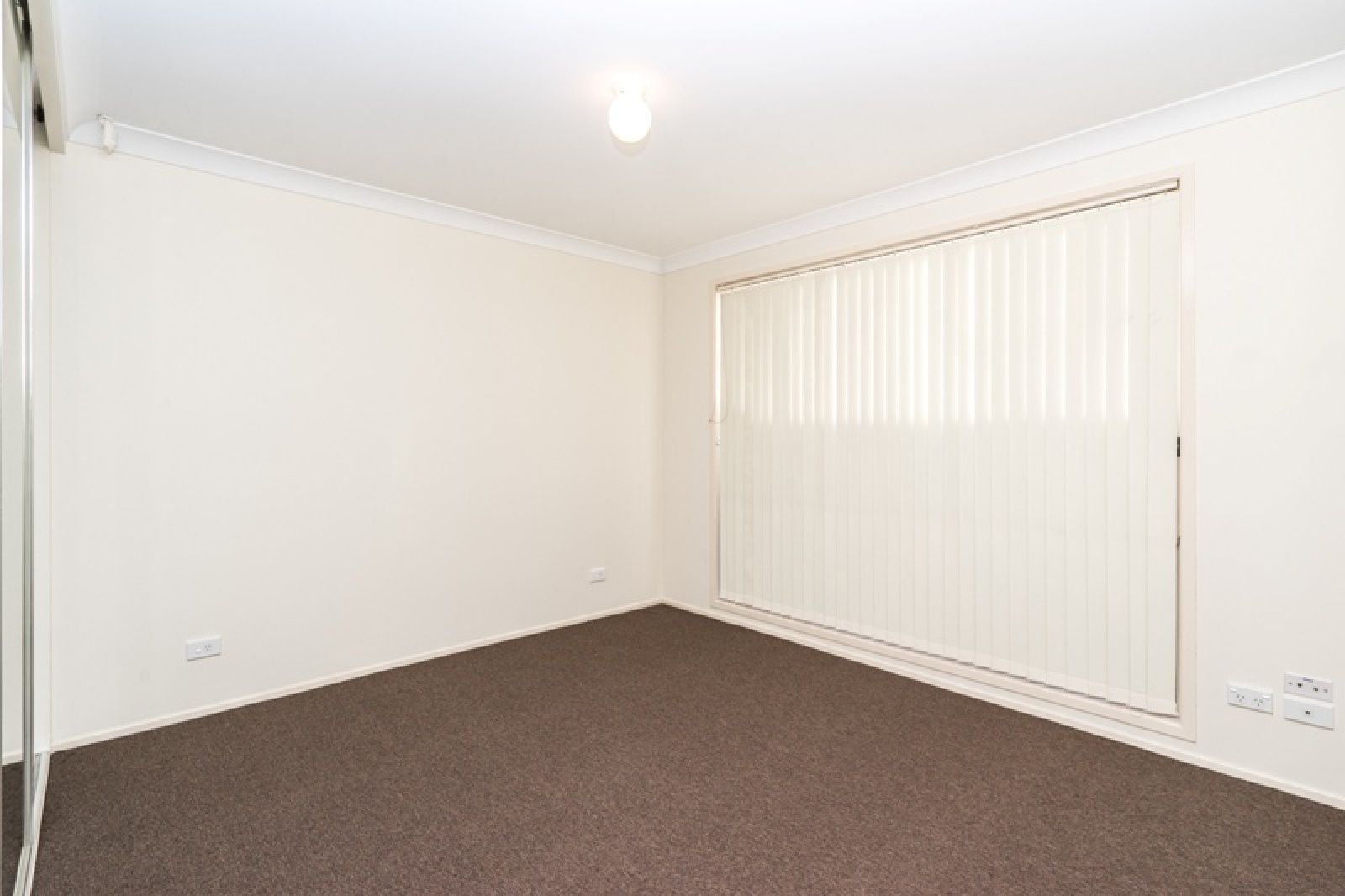 131 Holdsworth Drive,Mount Annan,NSW,3 Bedrooms Bedrooms,1 BathroomBathrooms,House,Holdsworth Drive,1490