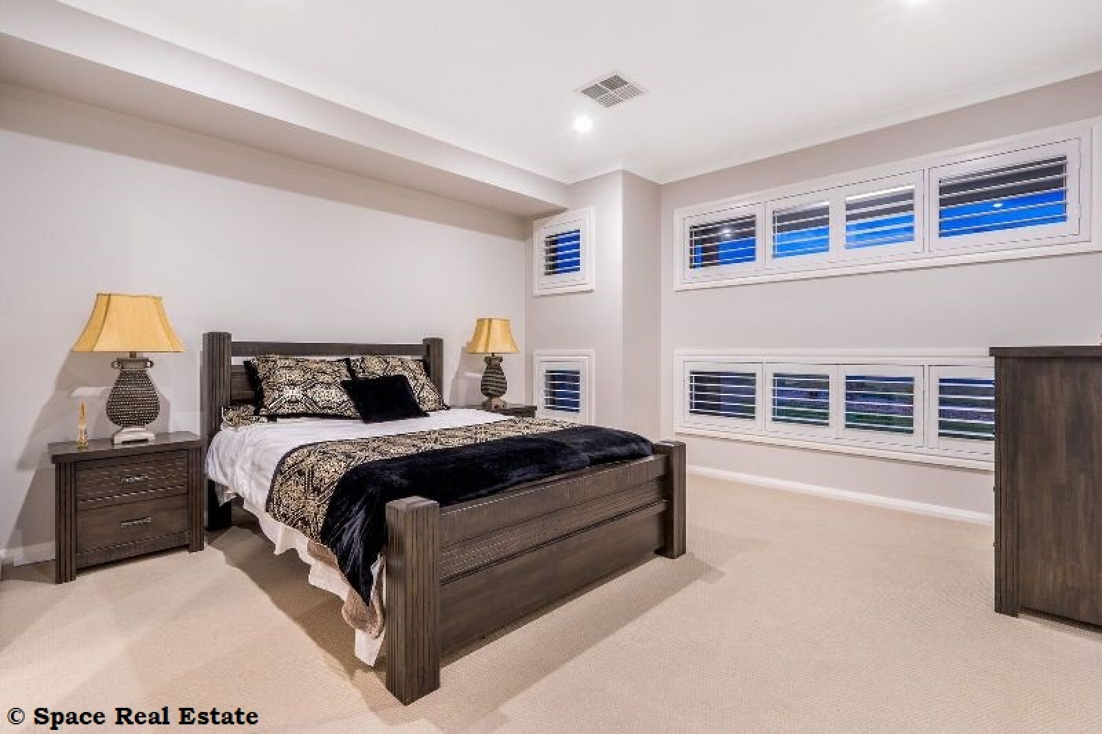 64 Bourne Ridge,Oran Park,NSW,4 Bedrooms Bedrooms,2 BathroomsBathrooms,House,Bourne Ridge,1510