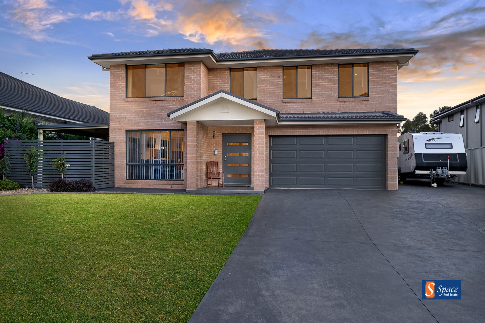 6 Brady Place, Harrington Park, NSW, 8 Bedrooms Bedrooms, ,4 BathroomsBathrooms,House,Sold,Brady Place,2,1522