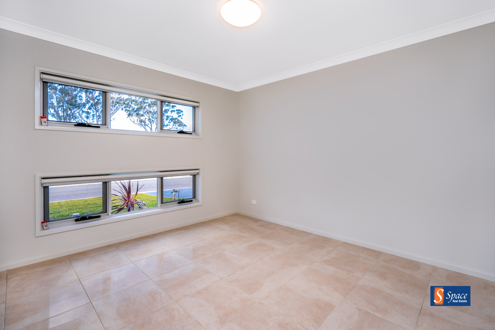 15 Brooking Avenue,Elderslie,NSW,3 Bedrooms Bedrooms,2 BathroomsBathrooms,House,Brooking Avenue,1557