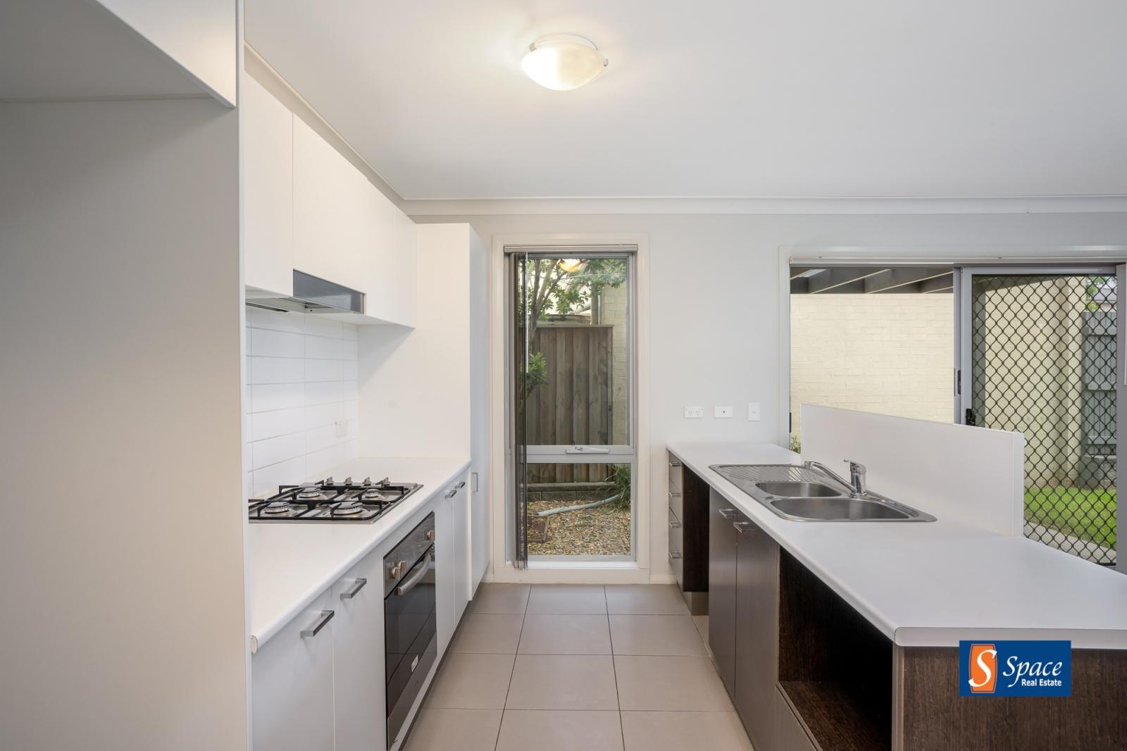 140 Minorca Circuit, Spring Farm, NSW, 3 Bedrooms Bedrooms, ,2 BathroomsBathrooms,House,Leased,Minorca Circuit,1577
