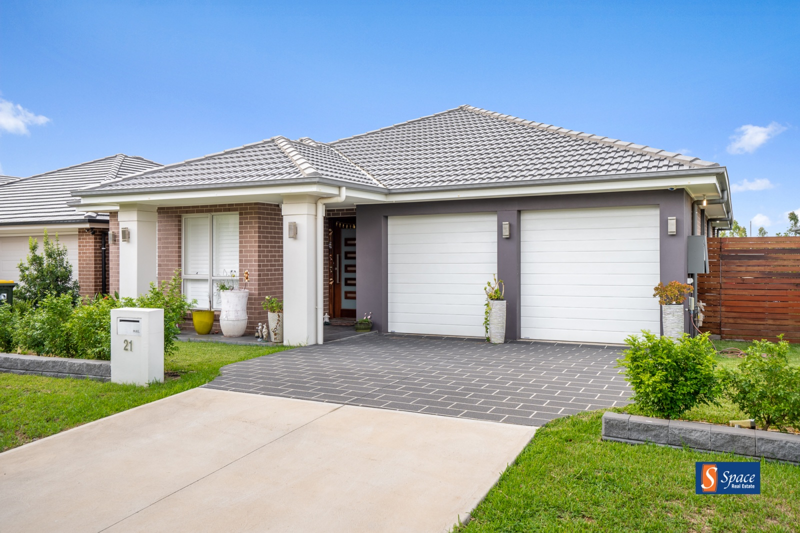 21 Tess Circuit, Oran Park, NSW, 4 Bedrooms Bedrooms, ,2 BathroomsBathrooms,House,Leased,Tess Circuit,1598
