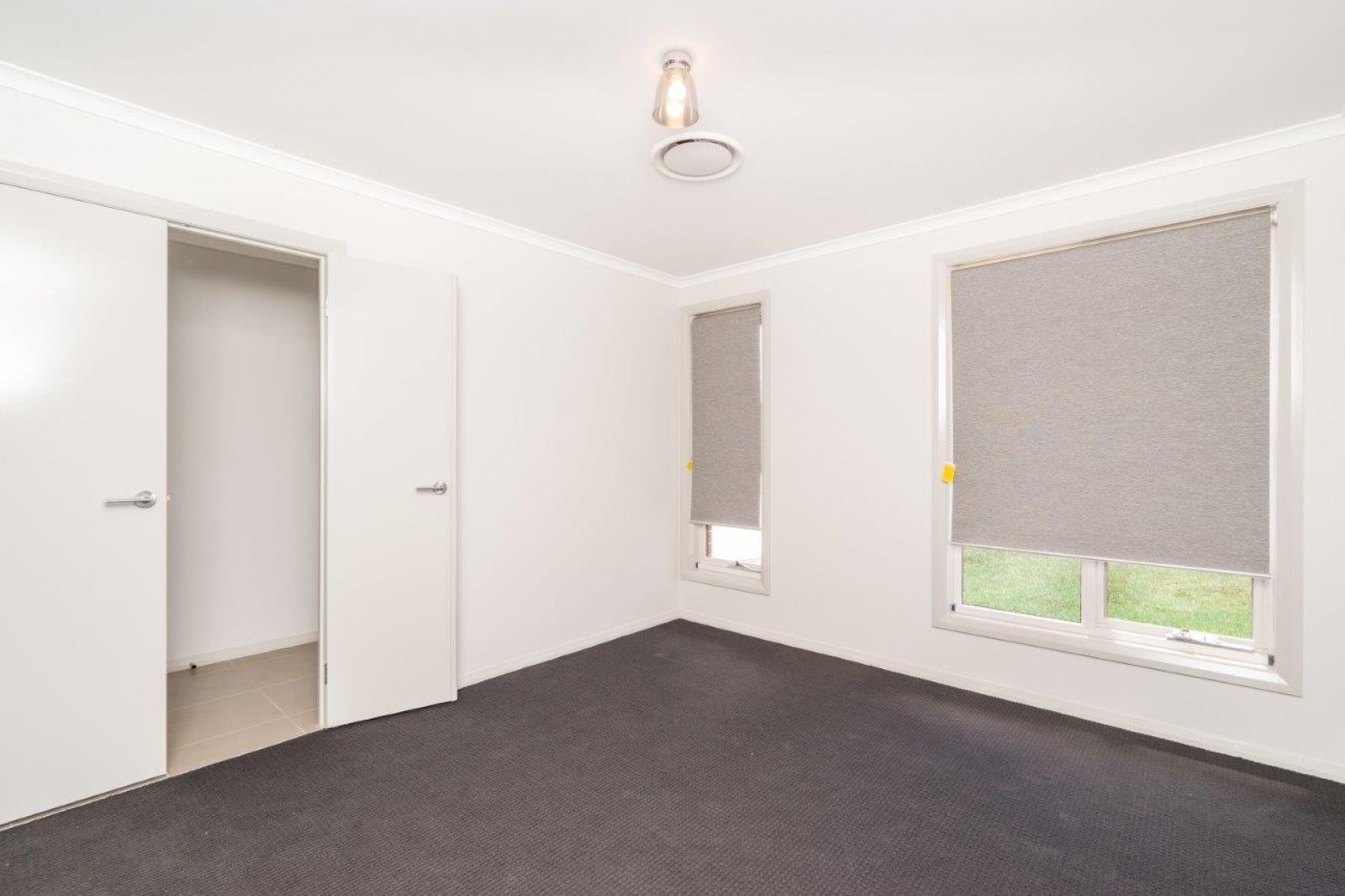 40 McGovern Street,Spring Farm,NSW,4 Bedrooms Bedrooms,2 BathroomsBathrooms,House,McGovern Street,1049