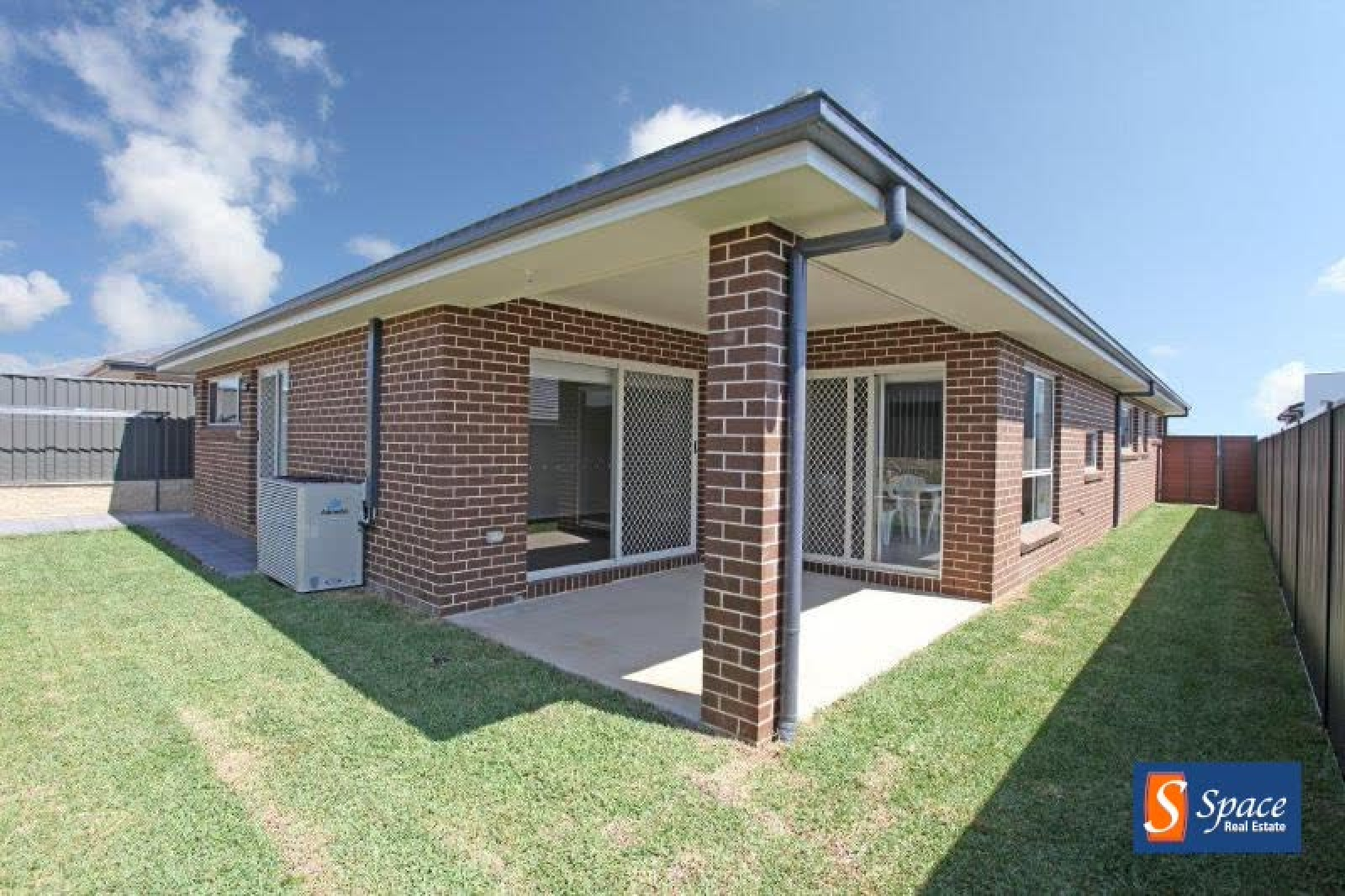 10 Rose Street, Oran Park, NSW, 4 Bedrooms Bedrooms, ,2 BathroomsBathrooms,House,Leased,Rose Street ,1680