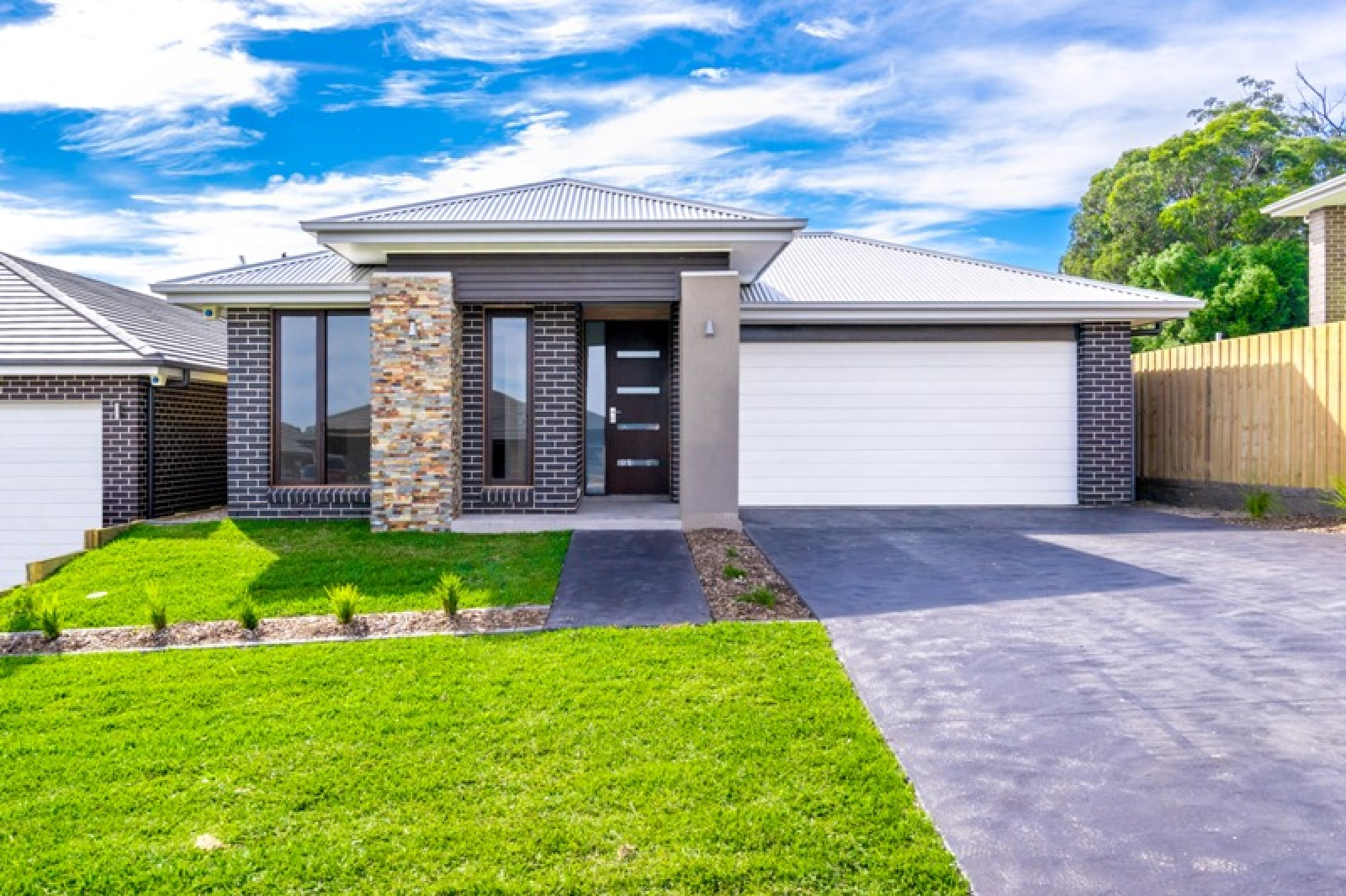 19 Casimer Avenue, Elderslie, NSW, 4 Bedrooms Bedrooms, ,2 BathroomsBathrooms,House,Leased,Casimer Avenue,1715