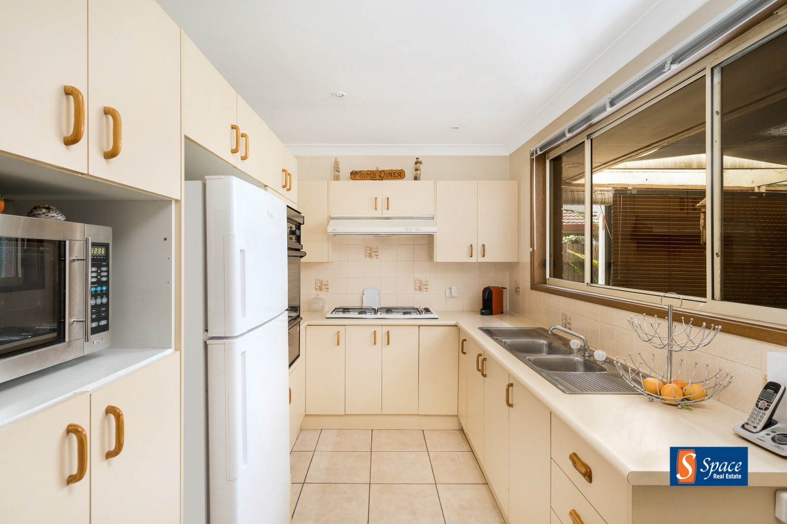 210 Welling Drive, Mount Annan, NSW, 3 Bedrooms Bedrooms, ,1 BathroomBathrooms,House,Sold,Welling Drive,1763