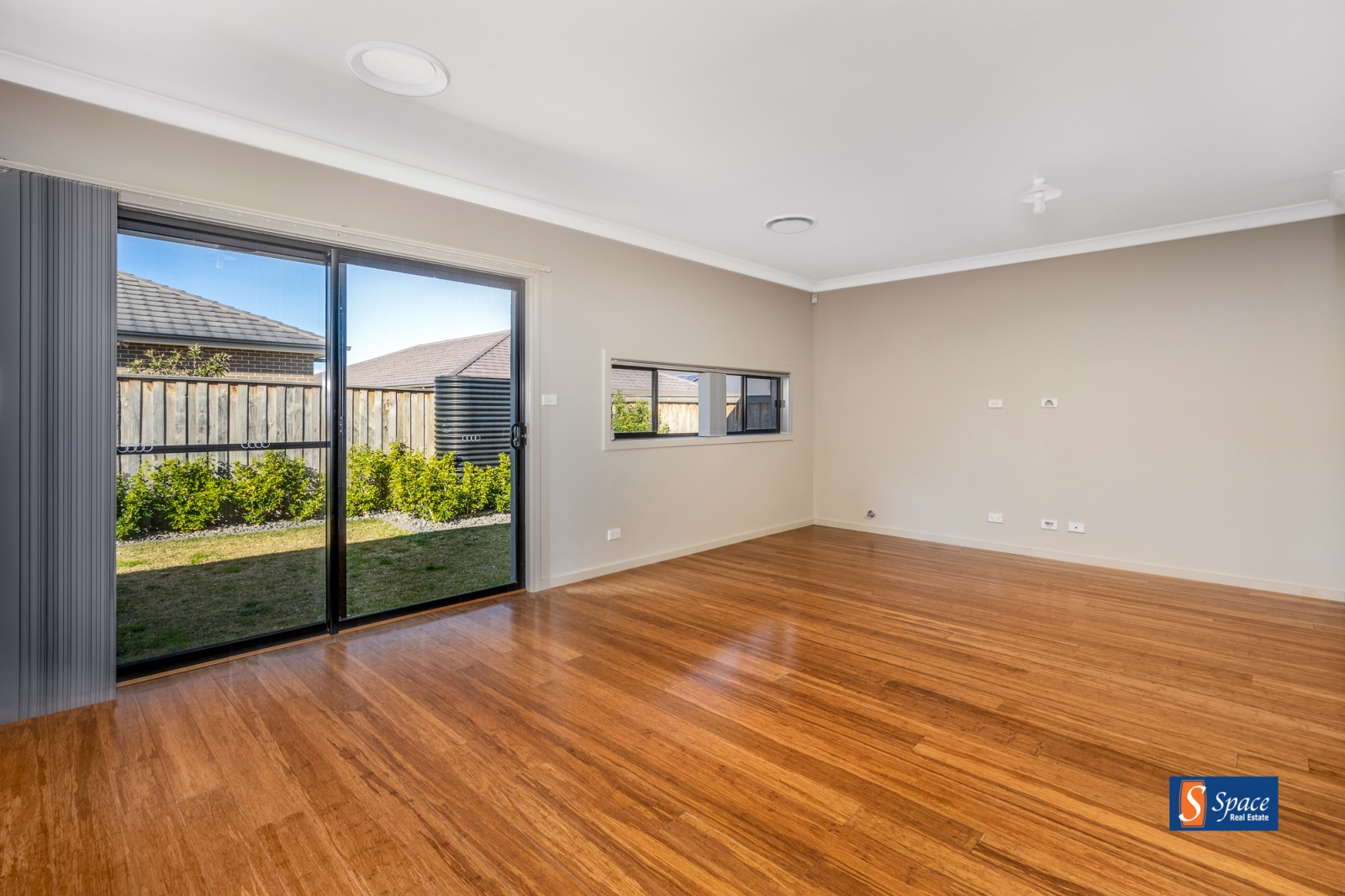 38 Minya Crescent,Gledswood Hills,NSW,4 Bedrooms Bedrooms,2 BathroomsBathrooms,House,Minya Crescent,1078